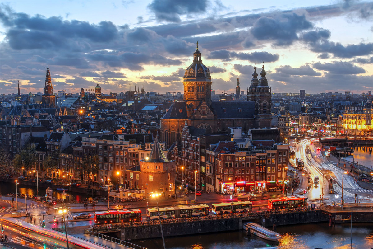 10 جاذبه دیدنی در آمستردام هلند