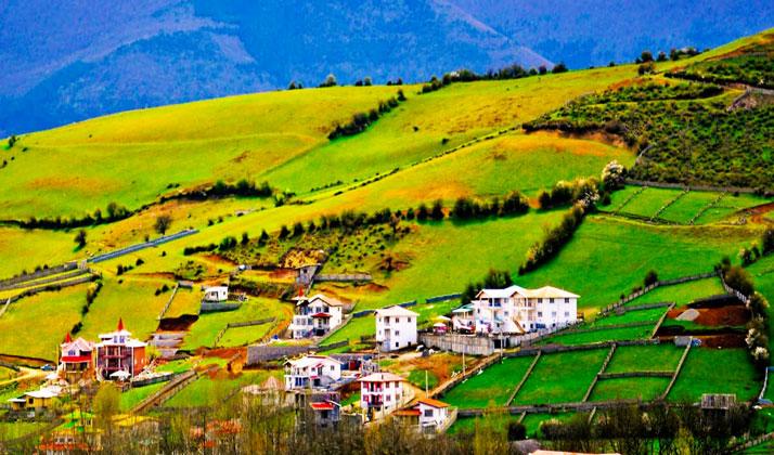 کلاردشت منطقه ای سرسبز بر بلندای کوه های استان مازندران